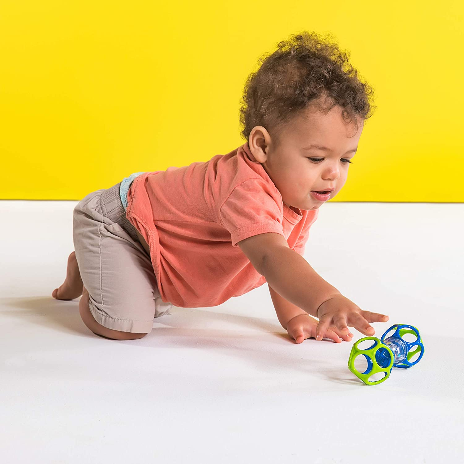 Bright Starts Oball Shaker Rattle Toy Ages Newborn
