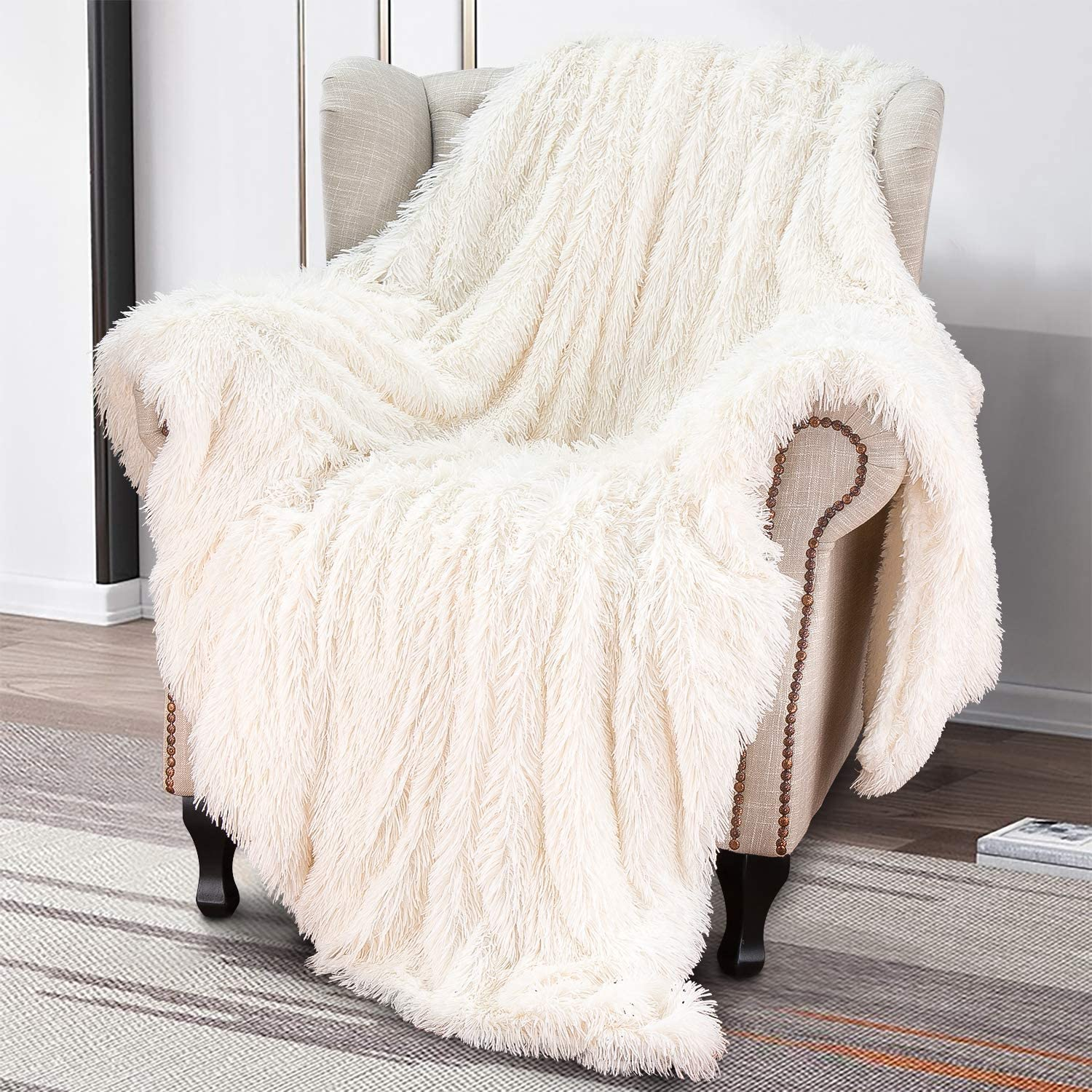 """Softlife Super Soft Fluffy Faux Fur Throw Blanket 50"""" x 60"""" Reversible Plush Warm Sherpa Blankets for Couch Sofa Bed Throws Home Decorative, Cream"""
