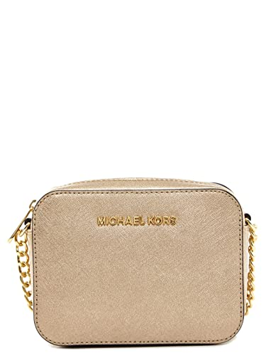 4df90eeef549d Michael Kors Jet Set Travel Crossbody in Pale Gold: Handbags: Amazon.com