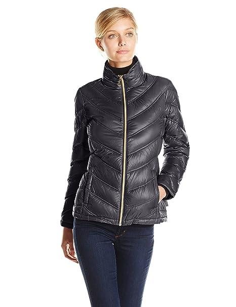 dc4fa372956 Calvin Klein Women's Lightweight Chevron Packable Jacket at Amazon Women's  Coats Shop