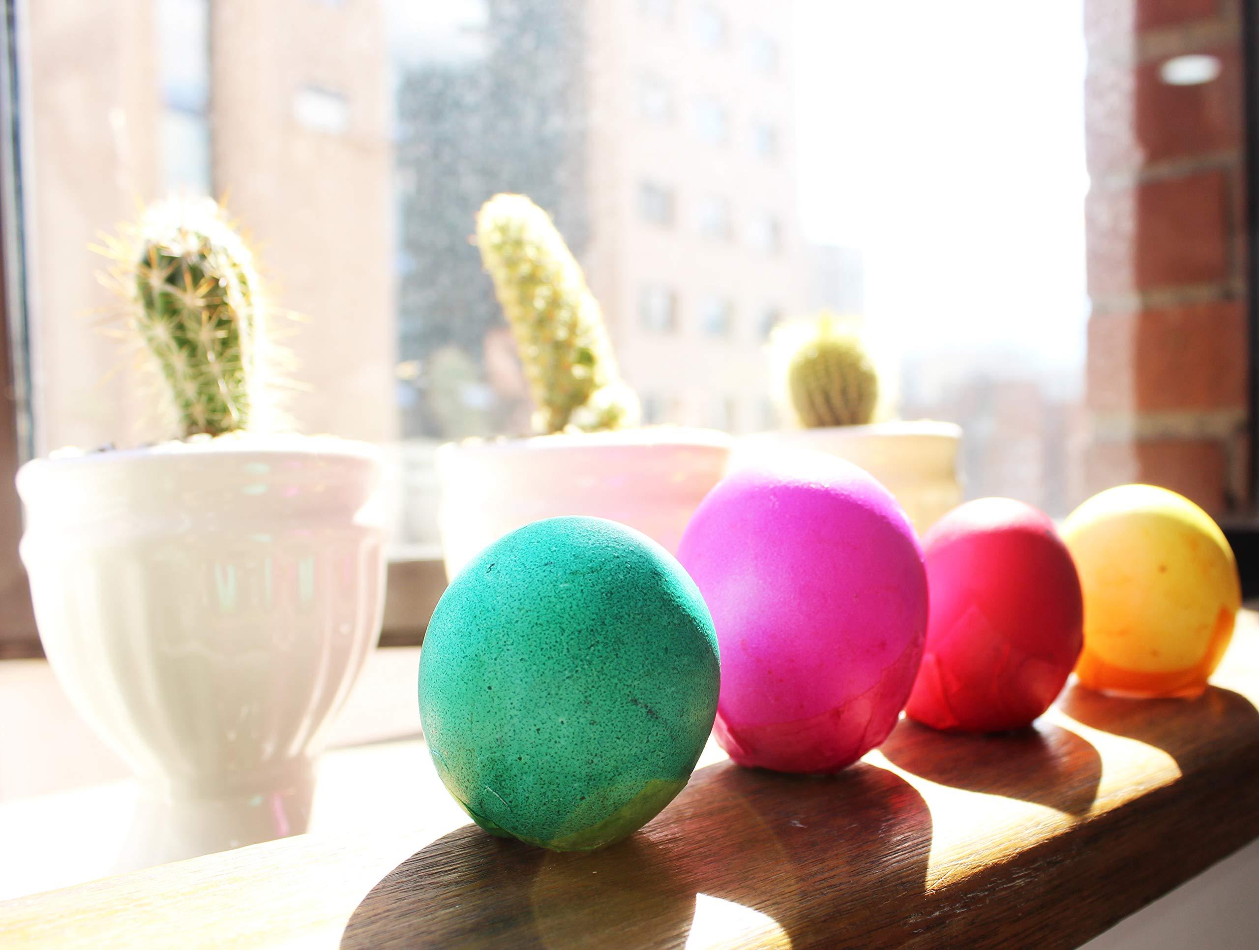 Confetti Eggs Cascarones, Multicolored, 240 Count, Party Game for Easter, San Antonio Fiesta Week, Cinco de Mayo or Birthday Party by Pinatas (Image #5)