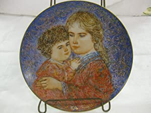 Edwin M Knowles Hibel Mother's Day 1985 Erica And Jamie Decorative Plate