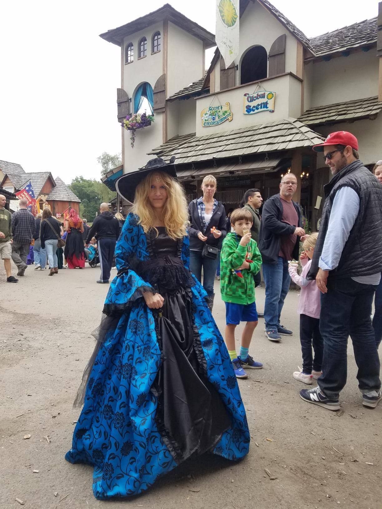 www.wholesalelolita.com/georgian-victorian-gothic-period-dress-masquerade-ball-gown-reenactment-theatre-costume-blue-p-15988.html