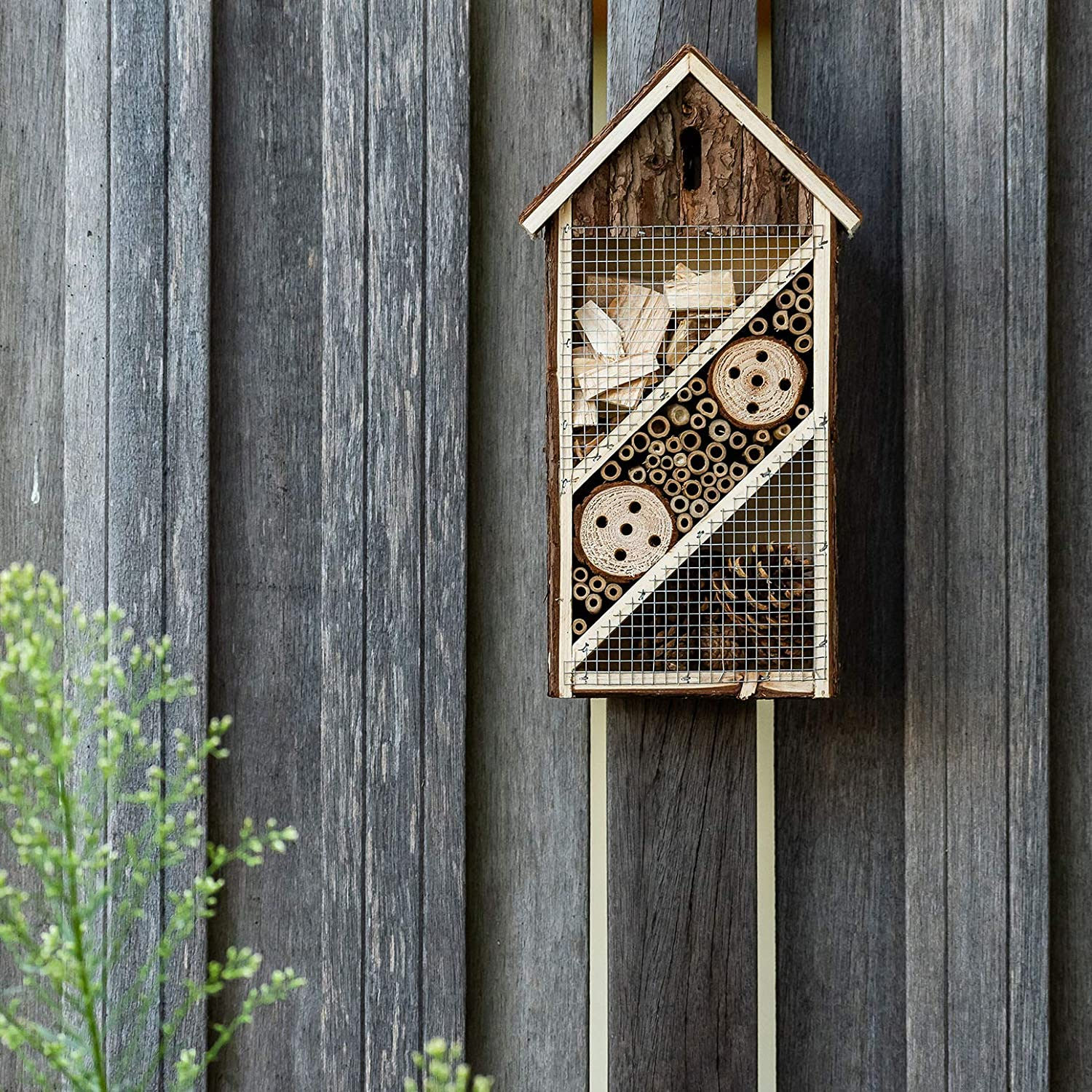 Insect house natural materials Bee hotel//shelter for insects bambuswald Insect hotel 19.5 x 10 x 37 cm Living nature /& species protection for your home -Nistkasten Haus N/ützlingshotel Schutz