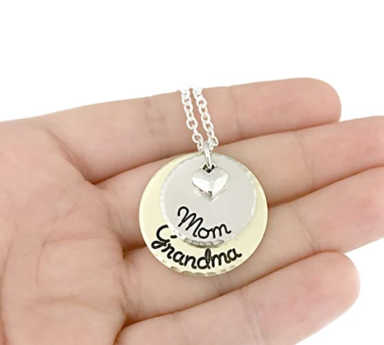 amazon com mom grandma necklace perfect gift for grandma hand