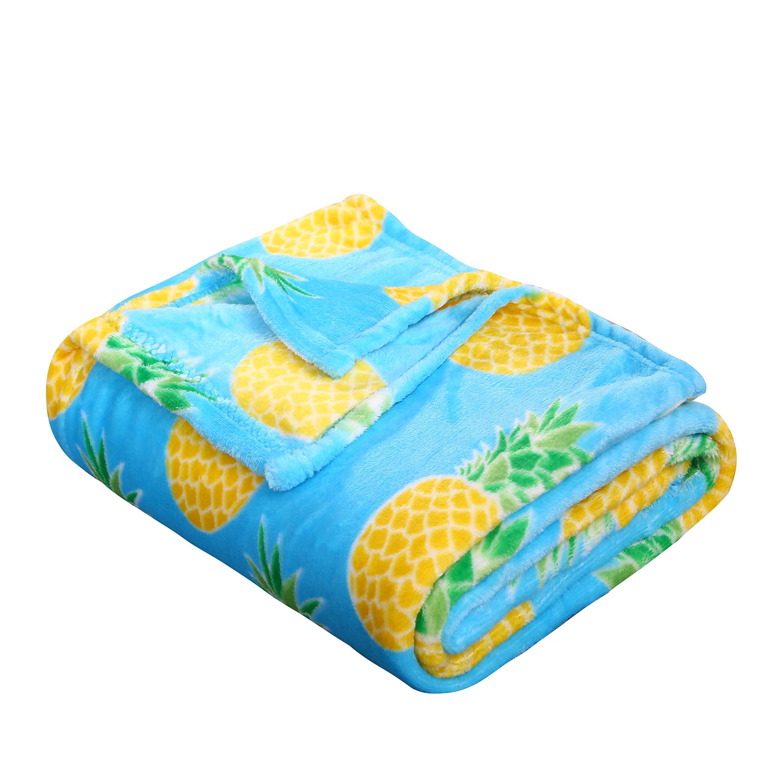 SummerTime Whimsy Plush Fleece Throw Blanket (50'' x 60'') - Pineapple by Décor&More (Image #2)