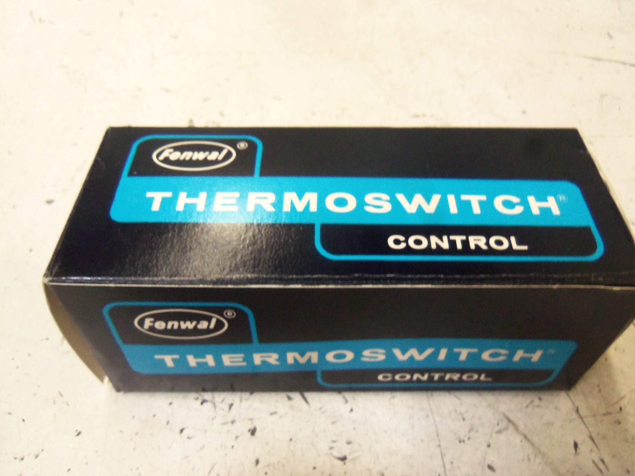 FENWAL 18000-0 THERMOSWITCH *NEW IN BOX*