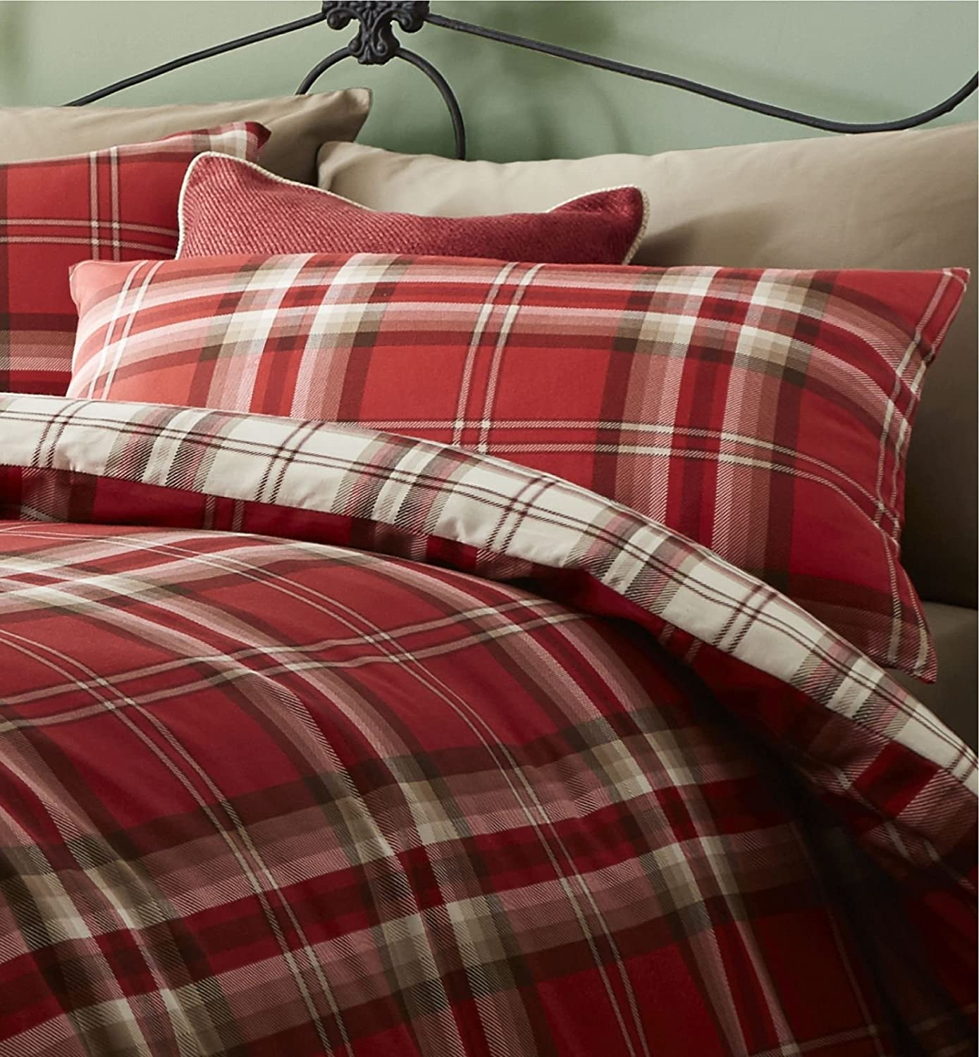 bed cover ip sizes piece plus a comforter walmart plaid mainstays bag grey bedding in multiple red set duvet com