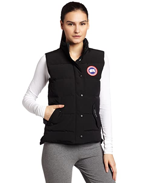 7d310b9ee891 Canada Goose Women s Freestyle Vest Black X-Small  Amazon.in  Sports ...