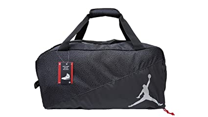 6c5dfa9ae9f4 Amazon.com  Nike Jordan Jumpman Sports Elemental Duffel Bag  Sports ...