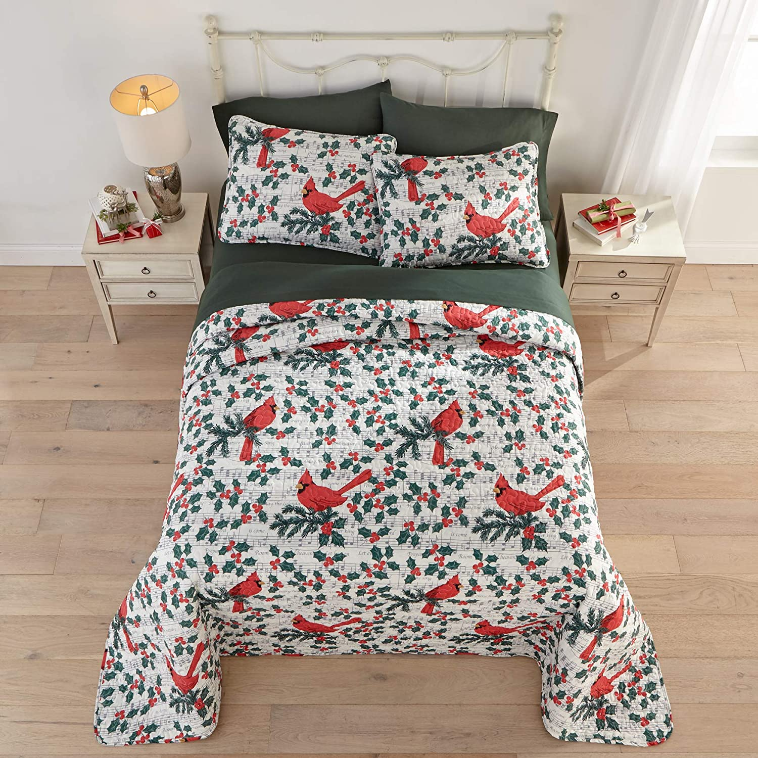 BrylaneHome 3 Piece Christmas Bedspread Set Reversible Quilted Cover & Pillow Shams - Twin, Cardinal