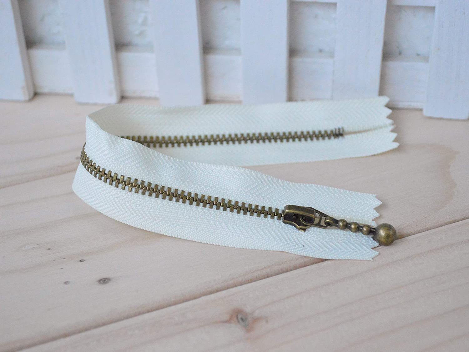 Antiqued Brass Metal Handbag Zippers - Off White - 12cm / 4.7inches (ZP12-1-5) - 5pcs by Bag Zippers   B00WD5RQAW