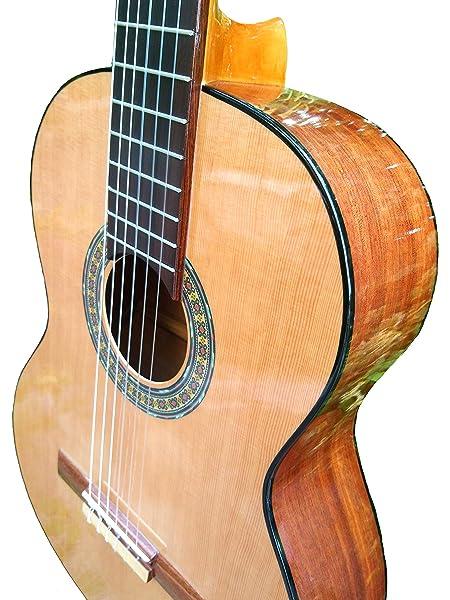 MARCE FLAMENCO 1 - Guitarra Clasica española de estudio + Funda (caja armónica de sicomoro, diapasón madera tintado, dos perfiles tintados en negro, acción baja. Tamaño adulto): Amazon.es: Instrumentos musicales