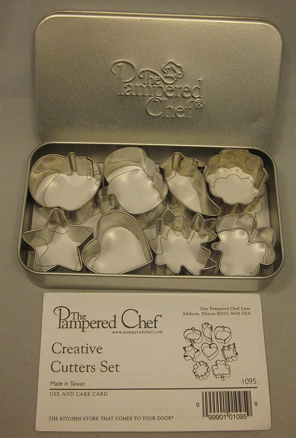 The Pampered Chef Creative Cookie Candy Cutters 1095 Set of 8 Apple Pumpkin Heart Star