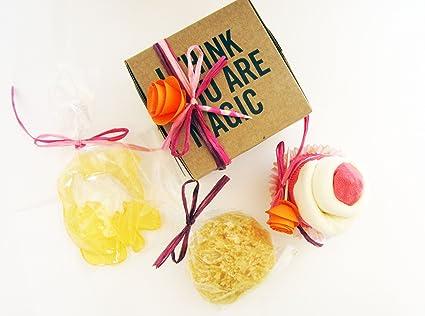 Baby Shower Idea Regalo | Cupcake (Babero TOMMEE TIPPEE + Calcetines en Algodón),