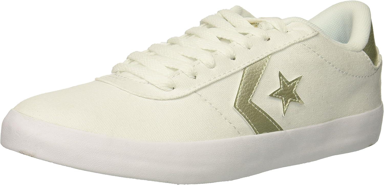 Point Star Low Top Sneaker