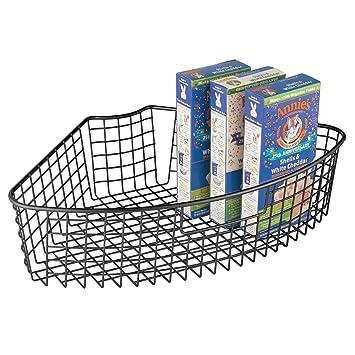 mDesign Cesta de alambre robusta con asa – Cestas de almacenaje para armarios de cocina –