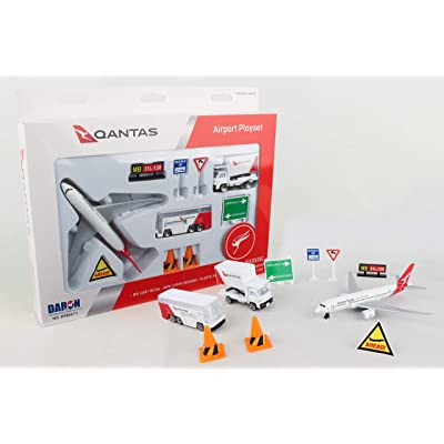 Daron Qantas Airport Playset: Toys & Games