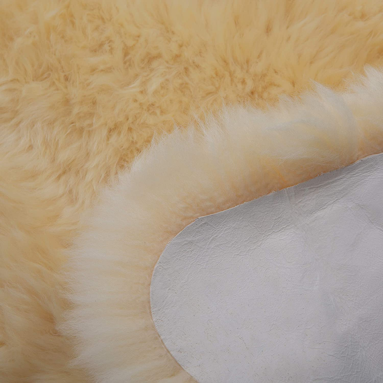 qualit/é allemande peau d/écorative beige-dor/é housse de si/ège tapis longueur +//- 65 cm Peau de mouton m/édicale de WERNER CHRIST BABY pour b/éb/é Peau de mouton naturelle non tondue