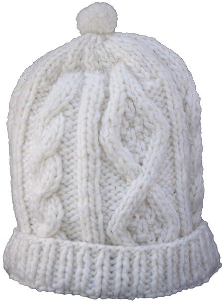 e0367883dda Amazon.com  Cable Knit 100% Wool Cap (Cream)  Clothing