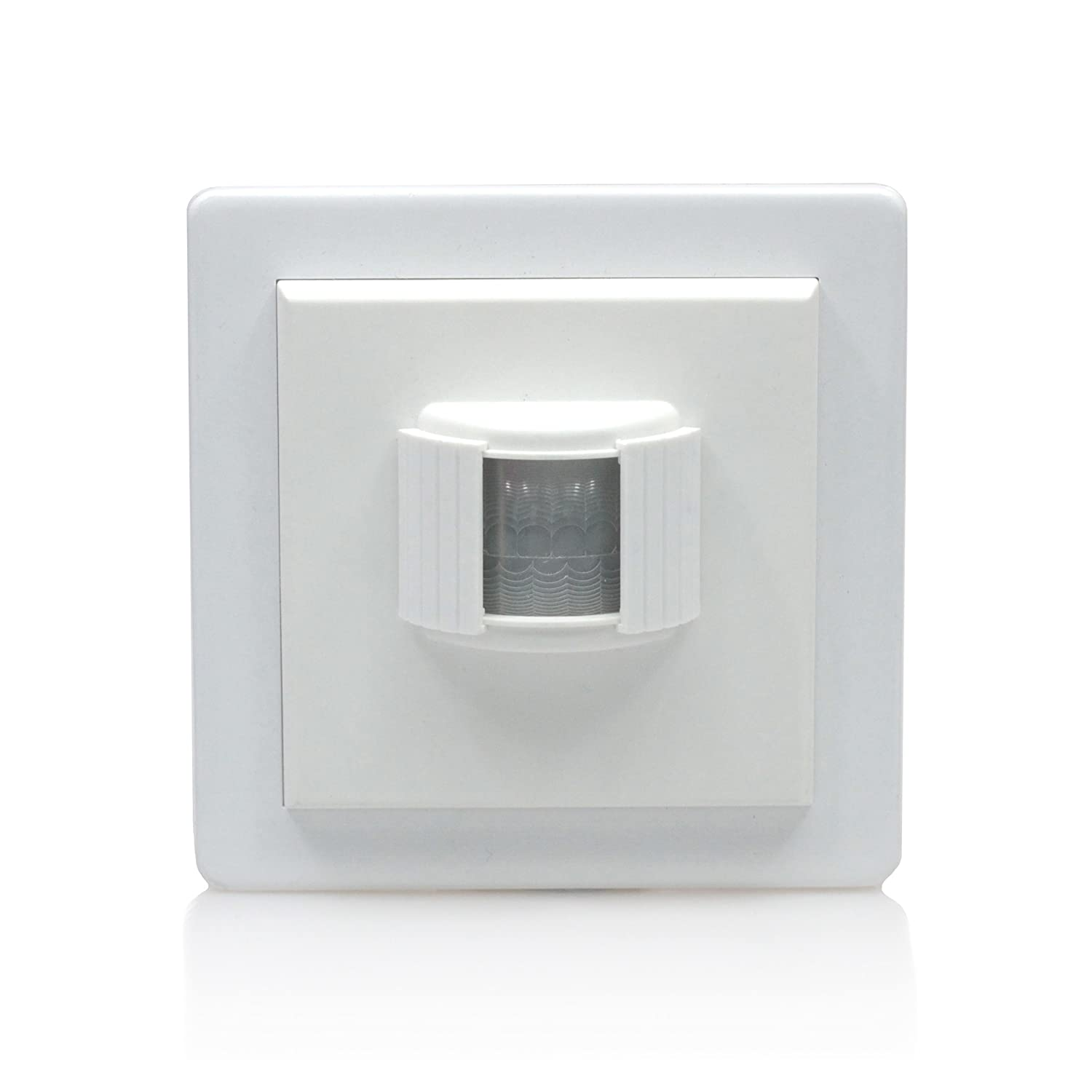 Lightwaverf Pir Motion Detector Wire Free Battery Operated White Automatic Poweroff On Mains Failing Dark And Light Activated Relay Diy Tools