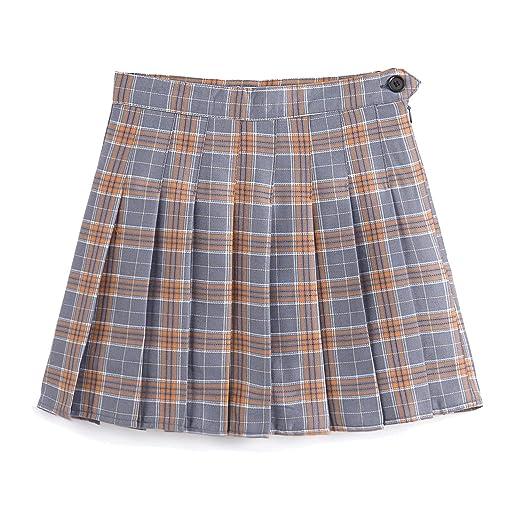 Women short tennis skirt right!