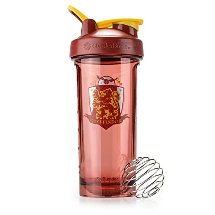 be063eccdbe Amazon.com: BlenderBottle Harry Potter Pro Series 28-Ounce Shaker Bottle,  Gryffindor: Health & Personal Care