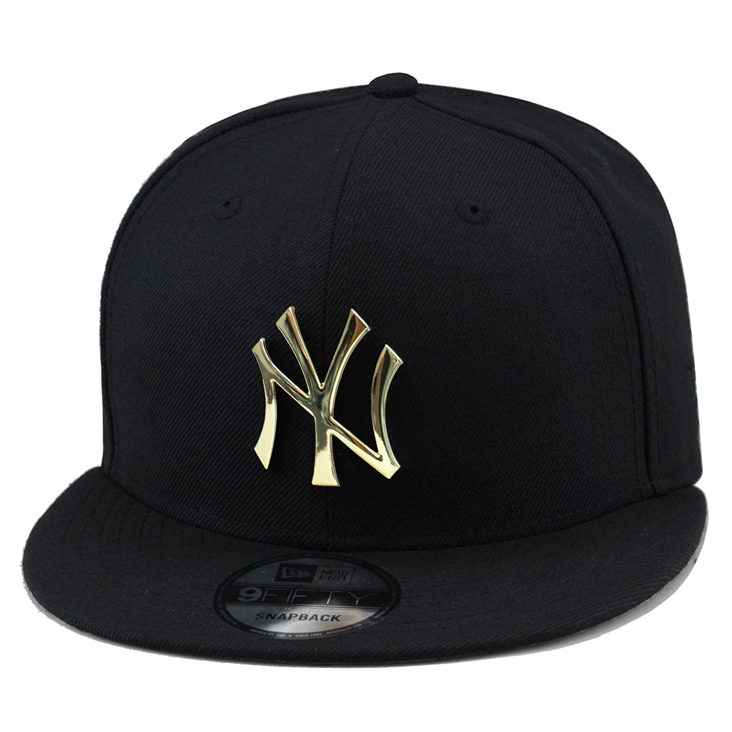 d49c647f87a Amazon.com   New Era 9fifty New York Yankees Black Gold Metal Badge Snapback  Hat Cap   Sports   Outdoors