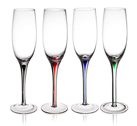 amazon com trinkware set of 4 champagne flutes with raindrop stem