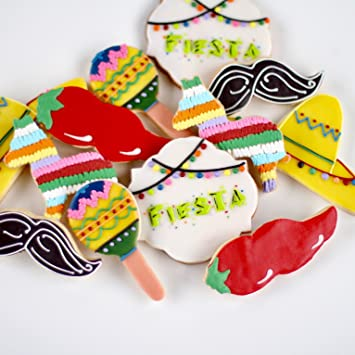 amazon com dz its a fiesta cookies spice it up with maracas