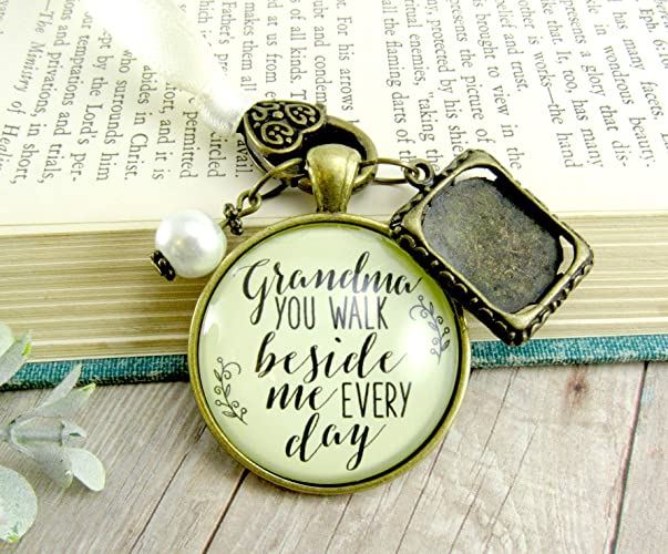 Amazoncom Custom Grandmother Wedding Bouquet Charm Beside Me Photo