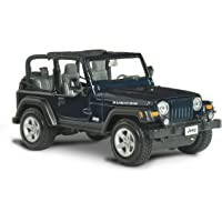 Maisto Jeep Wrangler Rubicon Diecast Vehicle (1:27 Scale), Metallic Blue