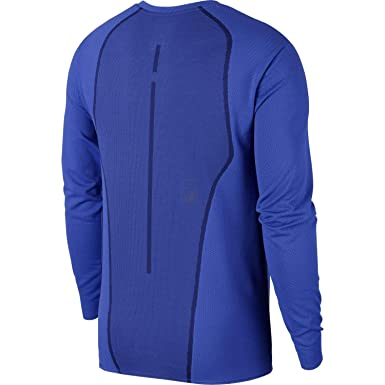 019d835ef61a40 Nike Jordan Ultimate Flight Performance Basketball Long Sleeve Shirt 899373  010 405 at Amazon Men s Clothing store