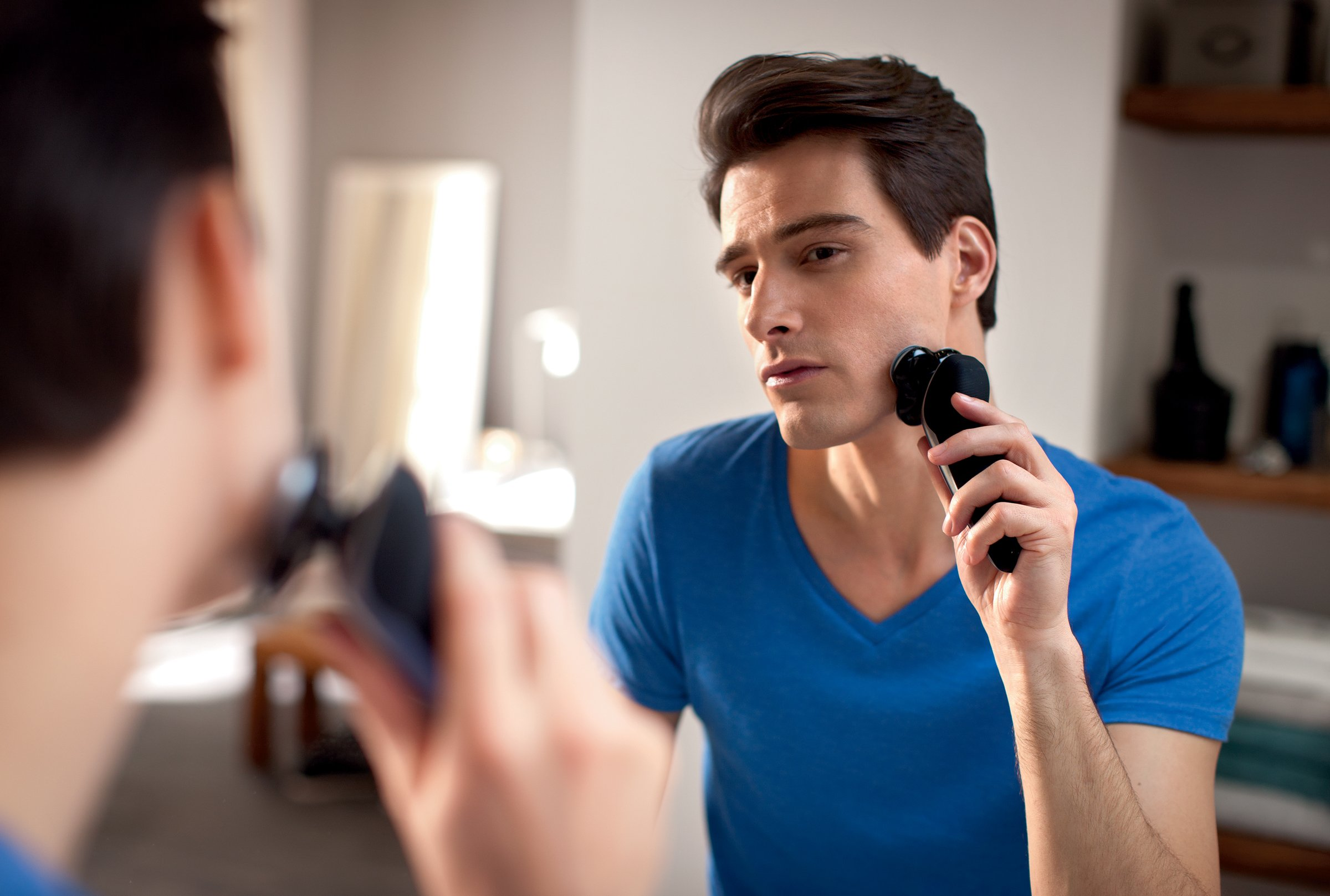 Philips Norelco Electric Shaver 8900 with SmartClean, Wet & Dry Edition S8950/90 by Philips Norelco (Image #9)