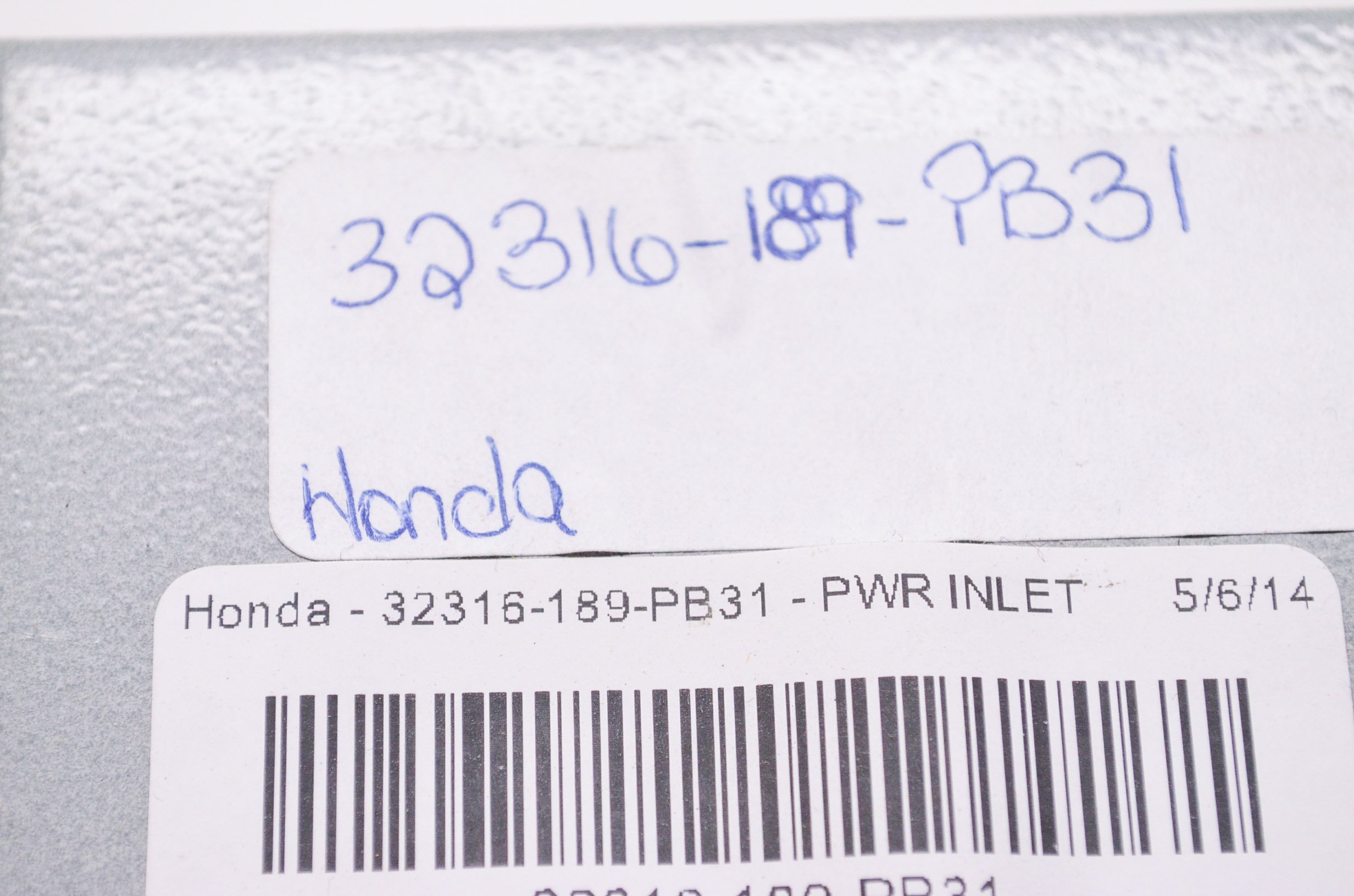 Honda 32316-189-PB31 Pwr Inlet Box,L5-30; 32316189PB31 Made by Honda by Honda (Image #3)