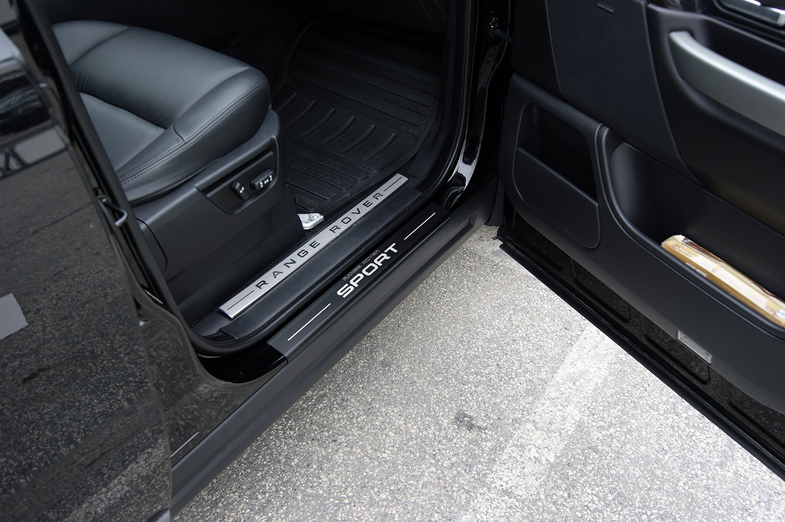 BARMECA Range Rover Sport 2005-2013 Door Sill Covers Set of 4 by BARMECA (Image #4)