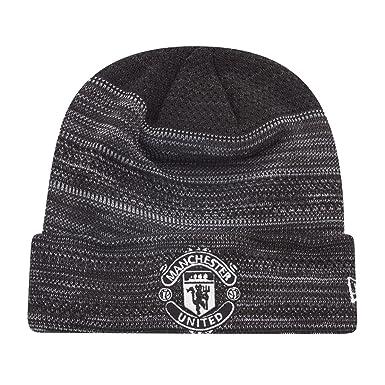 ec5ce7277de New Era Winter Beanie - Engineered Cuff Manchester United  Amazon.co ...