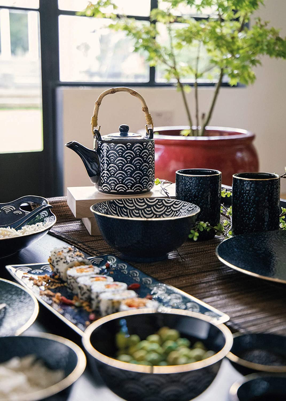 Porcelain 500 ml Mikasa Satori Japanese Teapot with Wave Pattern and Bamboo Handle Indigo Blue//White