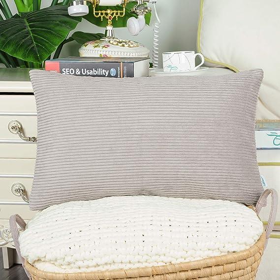 Amazon.com: CaliTime - Juego de 2 fundas de almohada para ...