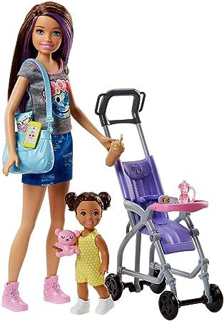 Famille Poupée Avec Coffret Baby Fillette Sitter De Brune Sa Barbie Skipper Figurine Poussette Et RdqwERSH