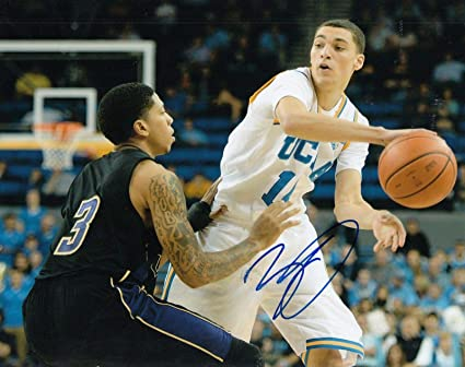 Image Unavailable. Image not available for. Color  Zach LaVine Autographed  Photograph - BASKETBALL  BULLS  8X10 COA ... f641eb55e