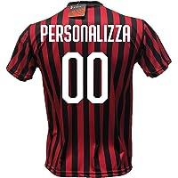 DND DI D'ANDOLFO CIRO Maglia Calcio Milan Personalizzabile Replica Autorizzata 2019-2020 Taglie da Bambino e Adulto. Personalizza con Il Tuo Nome o Il Nome del Tuo Giocatore Preferito.