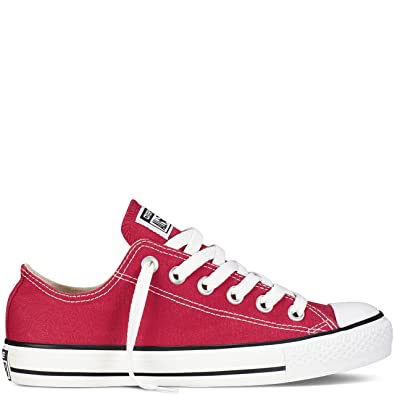 9cf641e53e92 Converse Unisex Chuck Taylor All Star Ox Low Top Classic Red Sneakers - 12  B(