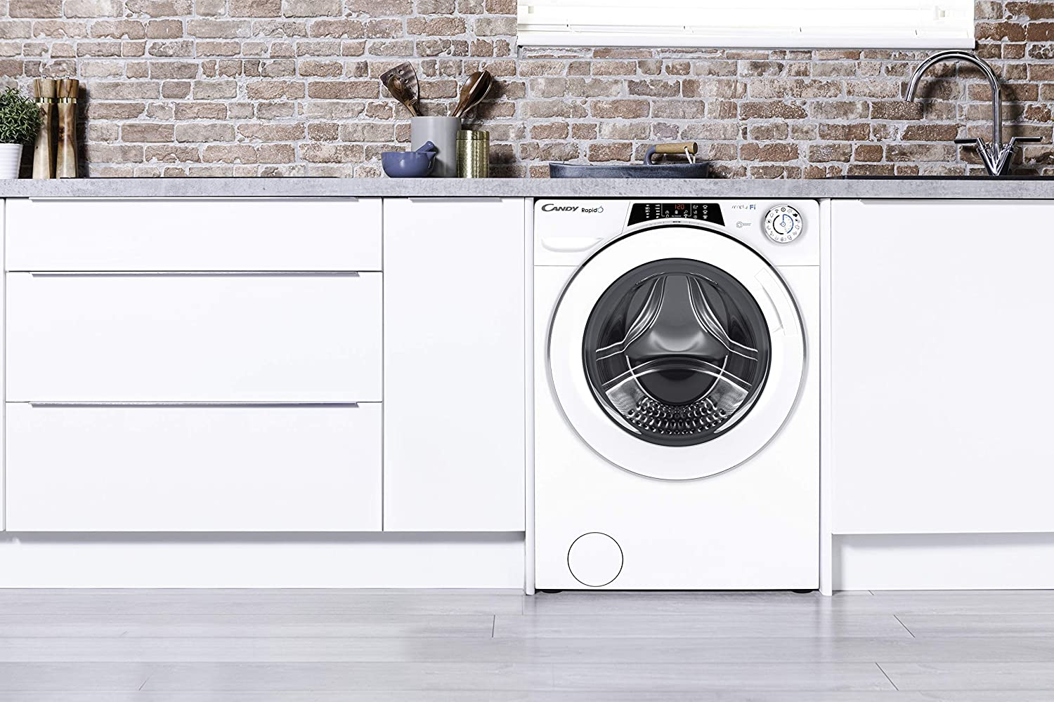 10Kg Load White WiFi connected Candy Rapido RO16106DWHC7 Freestanding Washing Machine 1600rpm Spin