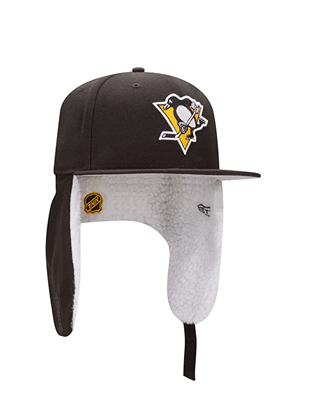 ea216f457e90fb Amazon.com : New Era NHL Pittsburgh Penguins Flurry Fit Dogear 59FIFTY Cap,  6.875, Black : Sports & Outdoors