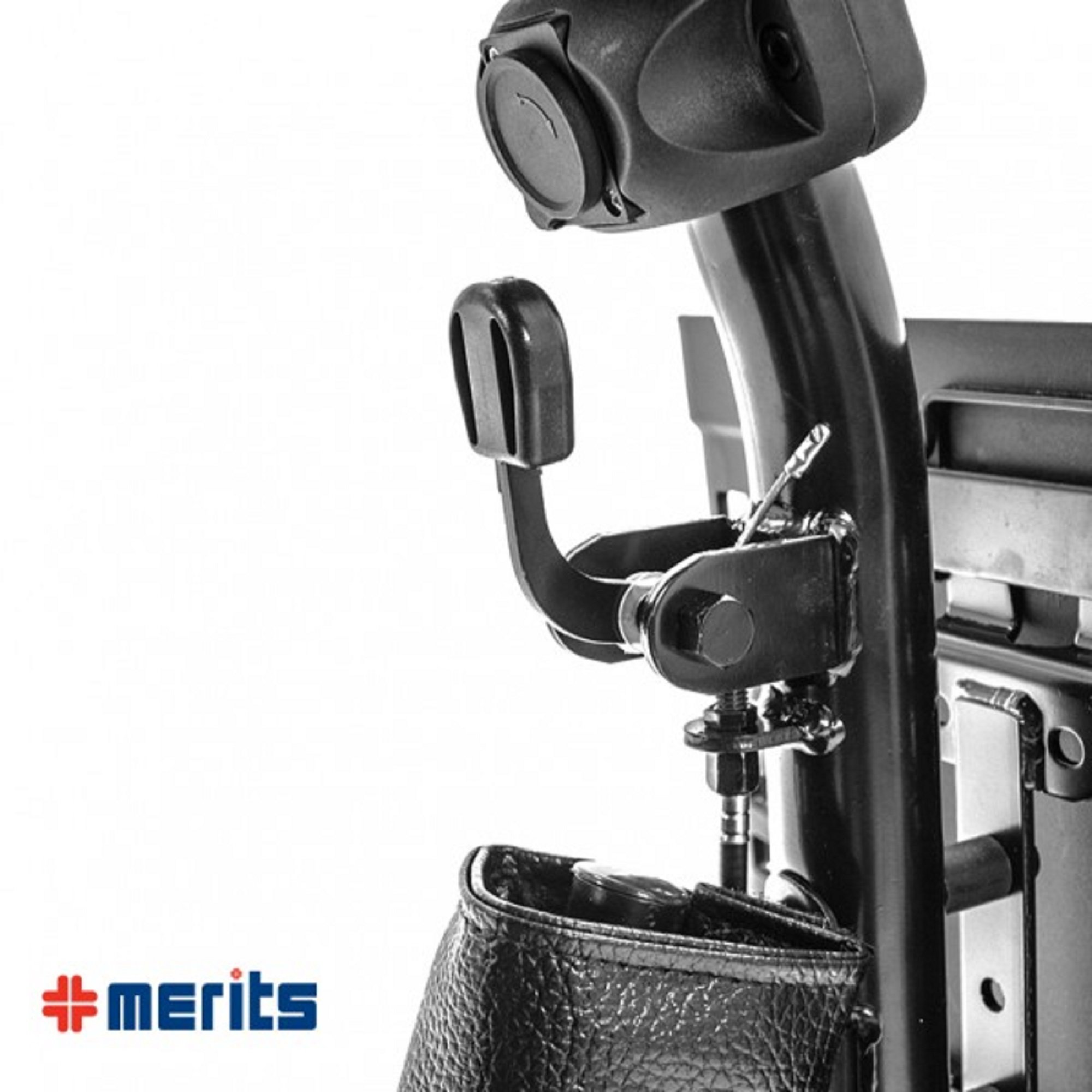 Merits Health Products - Roadster Deluxe - 3-Wheel Scooter - 18''W x 15''D - Red - PHILLIPS POWER PACKAGE TM - TO $500 VALUE by ROADSTER (Image #4)