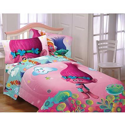 amazon com dreamworks trolls hugs harmony comforter sheets 5pc