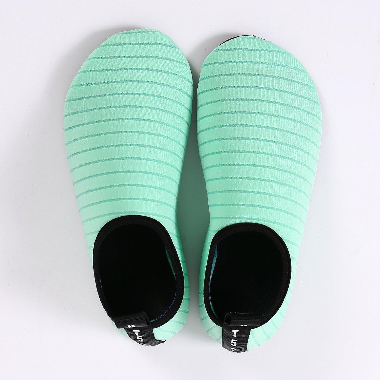 BIGU Chaussettes de Sport Aquatique de Nager de Surf de Yoga et de Plage Pieds Nus /à s/échage Rapide Aqua Chaussettes Slip-on Chaussures deau pour Enfants Hommes Femmes