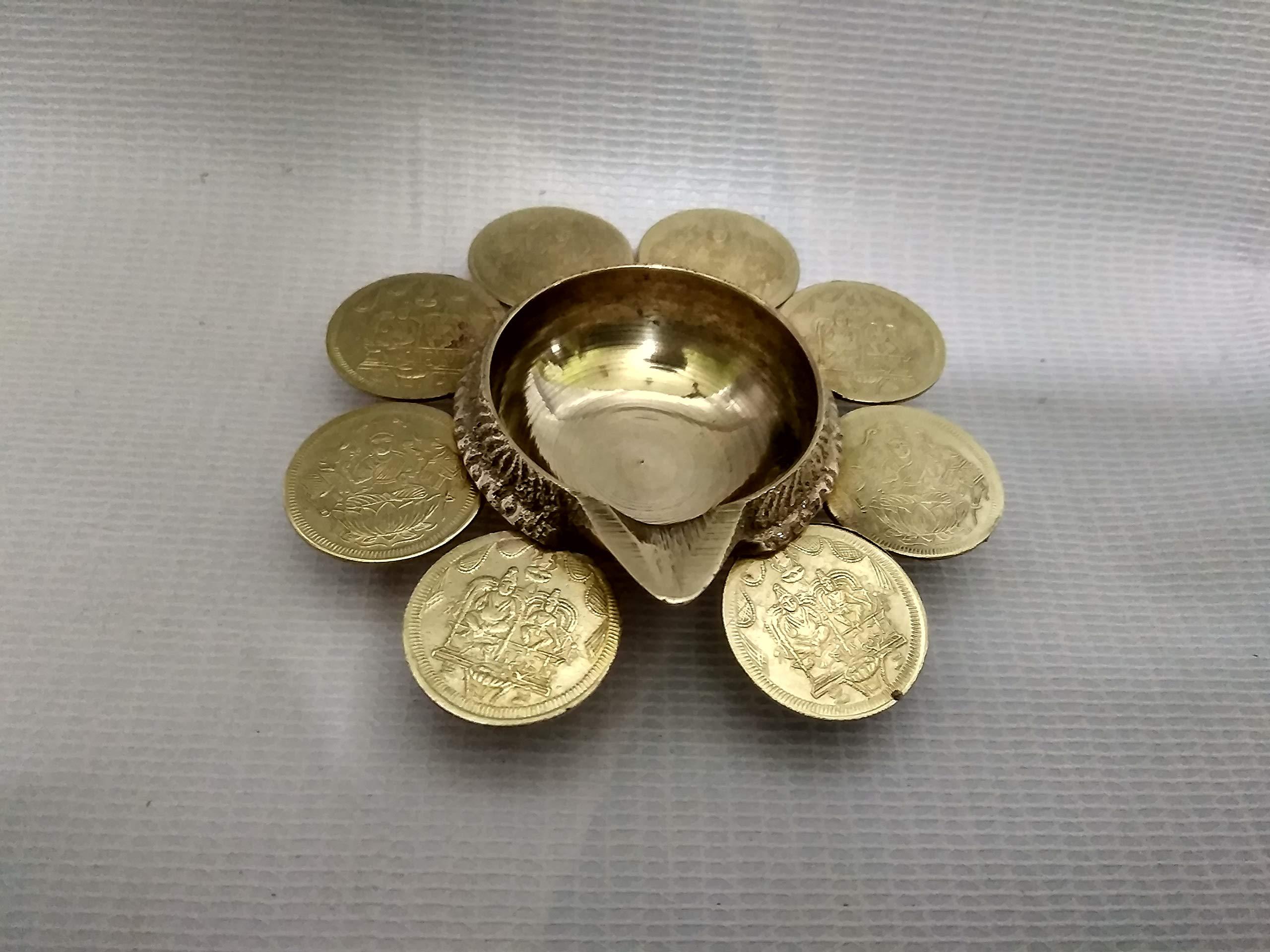 KUMBAKONAM TRADITIONAL PRODUCTS BY SPS MARKETING Lakshmi Deepam Kubera Vilakku Brass (Yellow Gold, 7 cm)