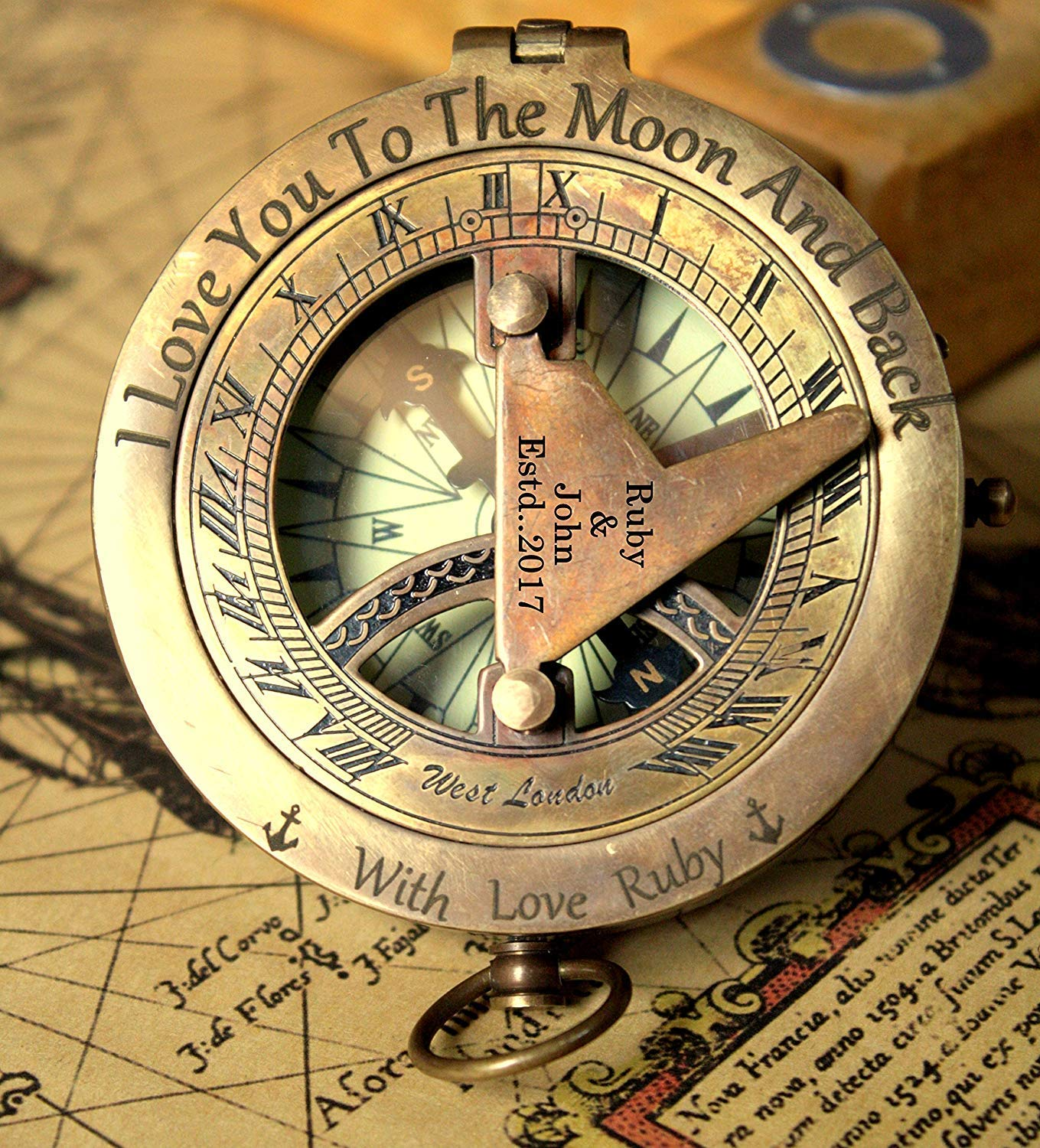 Personalized engraved sundial compass, Engraving on top lid and gnomon, Gift for all occasions, Christmas, New year, Graduation, Love gift, Get well soon, wedding anniversary. Free real leather case